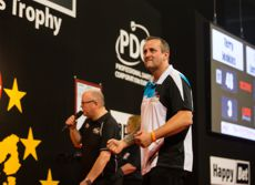 Zoran Lerchbacher bei der European Darts Trophy im September 2016