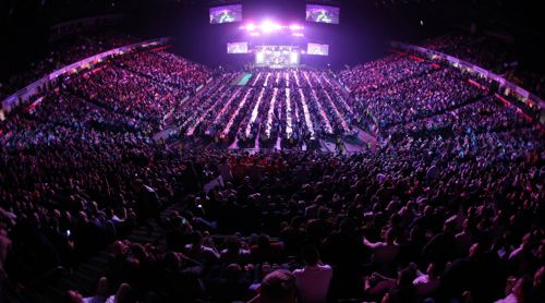 Darts in der Phones 4u Arena Manchester
