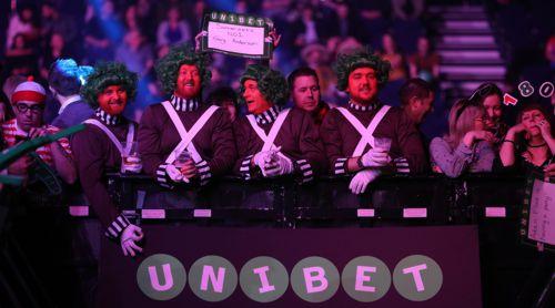 Die Fans in Cardiff lieben die Premier League Darts