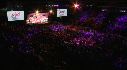 5000 begeisterte Dartfans in Perth, Australien
